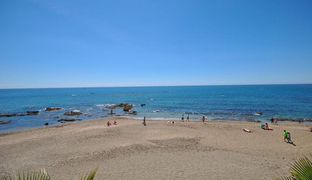 Estudio Benal Beach Benalmadena: Short Term Accommodation